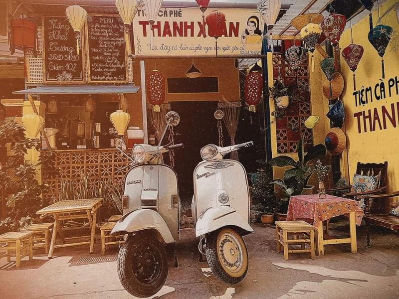 Tiệm cafe Thanh Xuân