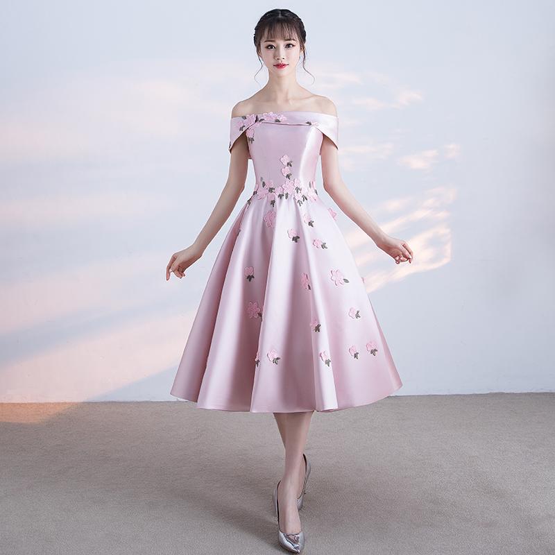 Váy thiết kế tại Tiệm may Cúc Chi