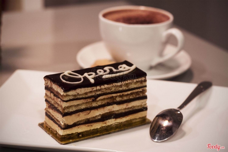 Ở Việt Nam, Paris Gateaux chính là địa điểm nổi tiếng nhất của các tín đồ bánh ngọt tìm đến