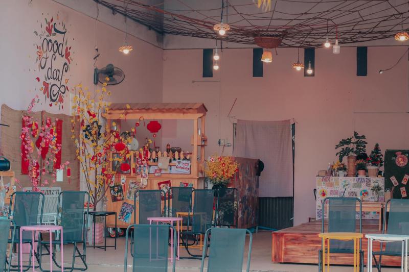 Tiệm Trà 2-in
