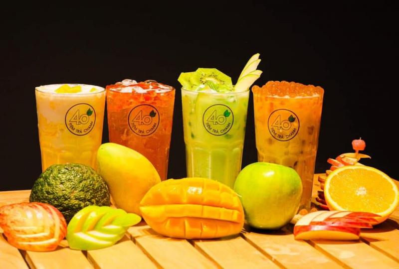 Quán có nhiều loại thức uống hấp dẫn, từ các loại trà đến trà sữa, sữa tươi trân châu đường đen đều được hội tụ tại quán