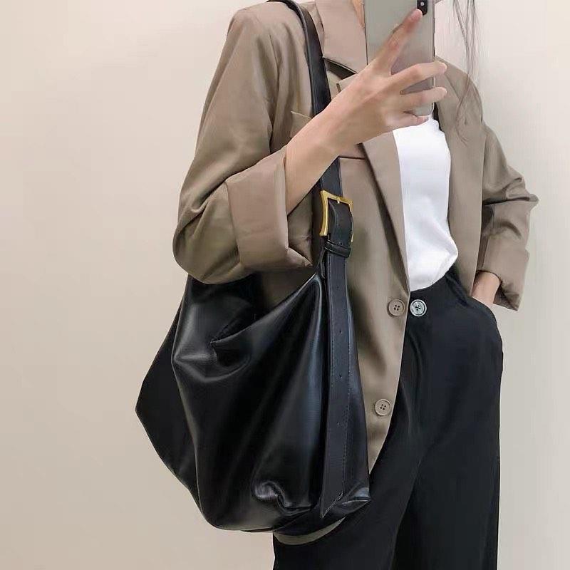 Túi size to cho chị em thích sự thoải mái