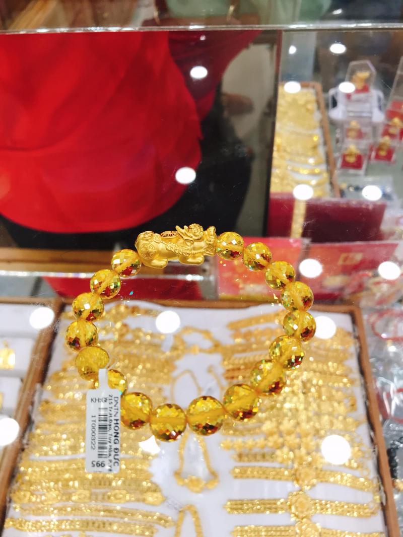 Tiệm vàng Hồng Đức