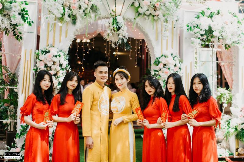 Tiệm váy cưới - Bride to Be