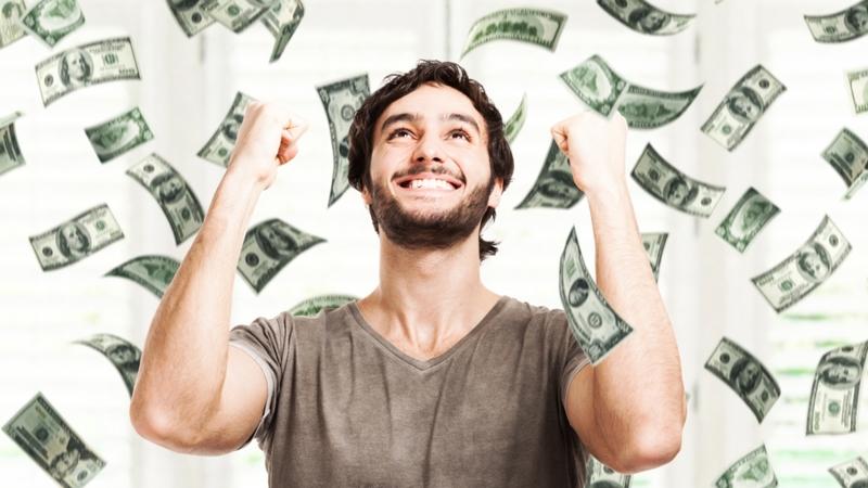 Tiền mà chúng ta kiếm được từ việc kinh doanh hay sức lao động của mình đều đáng quý