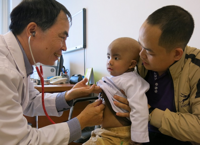 Tiến sĩ Dương Bá Trực - Bệnh viện nhi Trung Ương