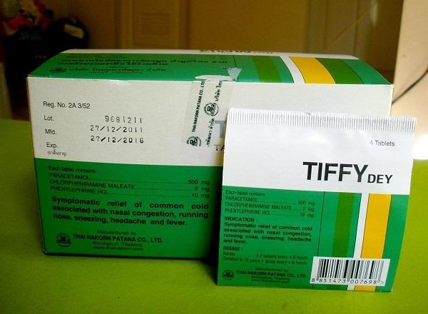 Tiffy là thuốc giảm đau và hạ sốt thông qua tác động trên trung khu điều nhiệt của não