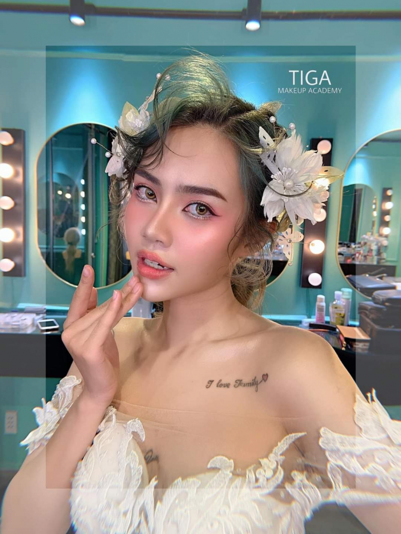 Tiga Make Up (Lê Kim Trang Make Up)