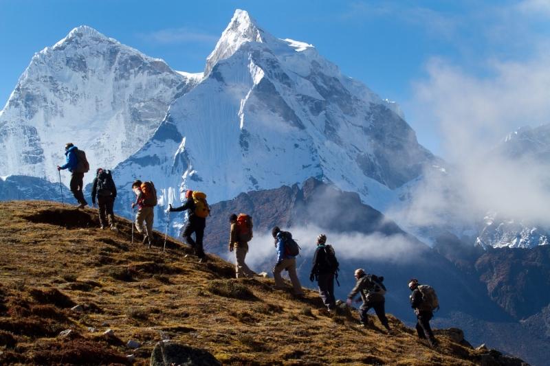Cho dù bạn là người có nhiều năm kinh nghiệm thì vẫn không được thực hiện leo núi một mình