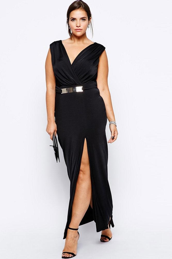 Tìm loại quần áo phù hợp giúp phần thân dưới trông thon gọn hơn