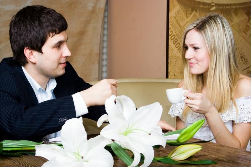 Tìm lý do để hẹn hò với bạn nhiều hơn