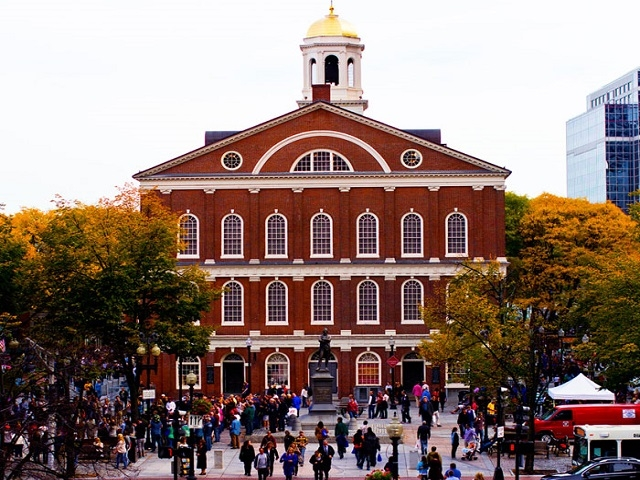 Faneuil Hall Marketplace tại Boston Mỹ