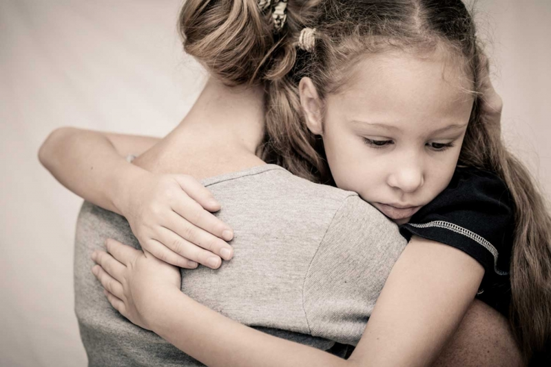 Tin tưởng và lắng nghe con là sợi dây gắn kết tình cảm giữa cha mẹ và con cái
