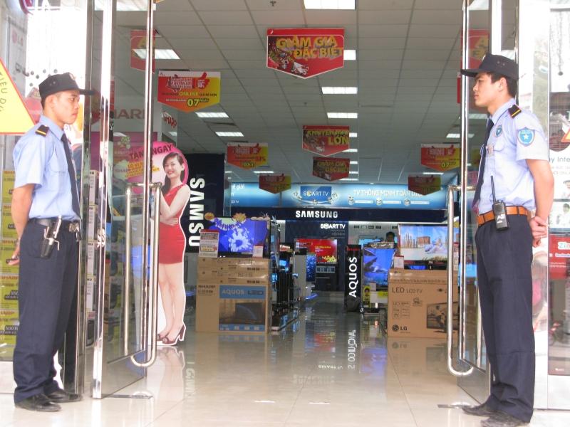 Tin tuyển dụng làm việc tại các hệ thống siêu thị với lương cao