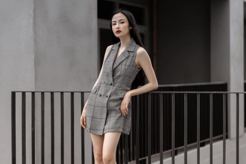 Tinfour là cửa hàng thời trang dành cho các nàng hợp gu ăn mặc tinh tế không kém phần sang trọng.