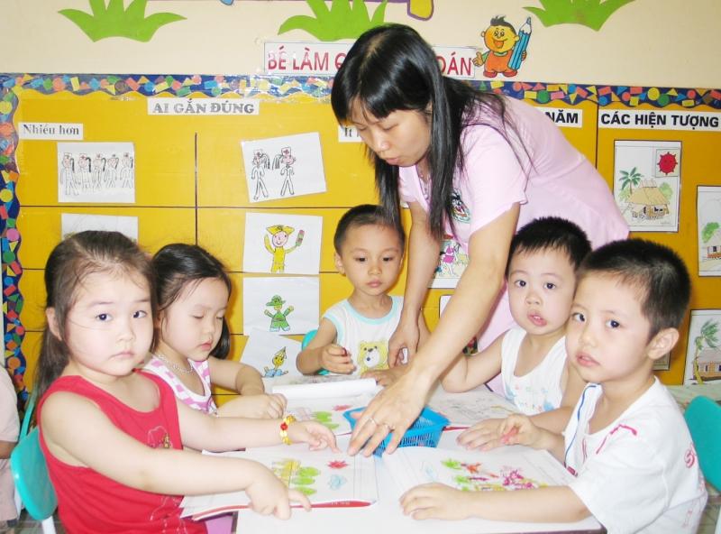 Tình huống khó xử: Giáo viên dạy cùng lớp nghỉ đột xuất