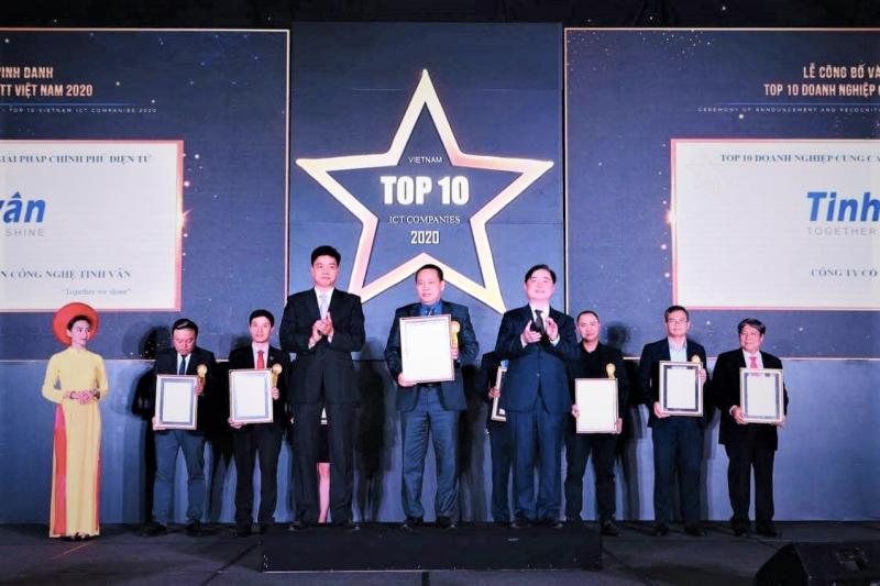 Tinh Vân Group