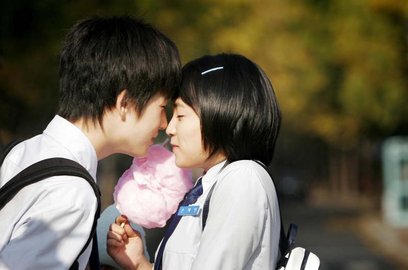 Dù sau này người đồng hành cùng bạn không phải là cô gái/chàng trai ấy nhưng những ký ức đẹp đẽ đó sẽ còn lưu giữ mãi trong trí nhớ của bạn.