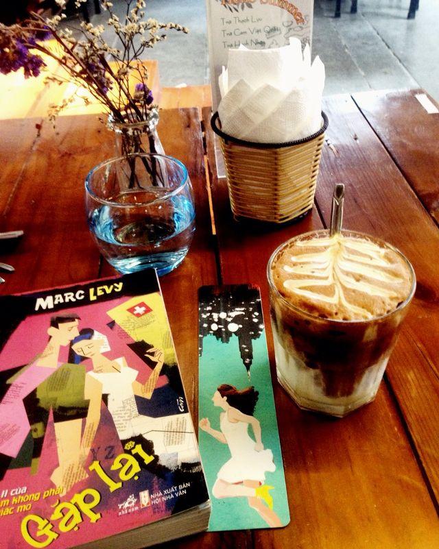 quán cà phê nổi tiếng tại Hà Nội – quán Tổ chim xanh