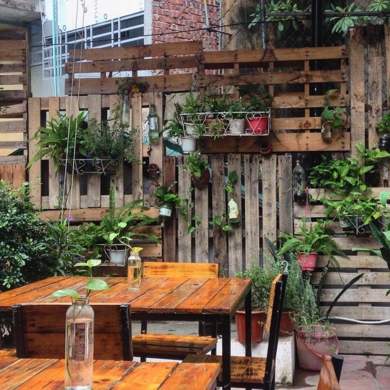 Bluebird's Nest Book Cafe là địa điểm lý tưởng với những ai yêu sách và muốn tìm cho mình một không gian yên tĩnh.