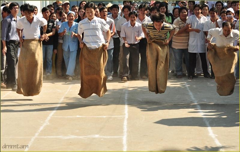 Trò chơi dân gian nhảy ba bố