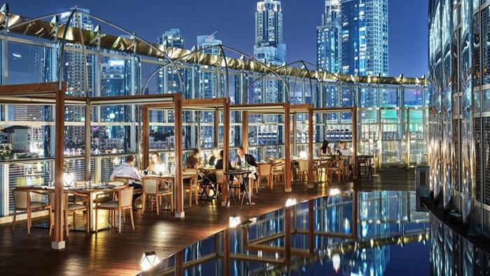 Khách sạn Armani Hotel Dubai