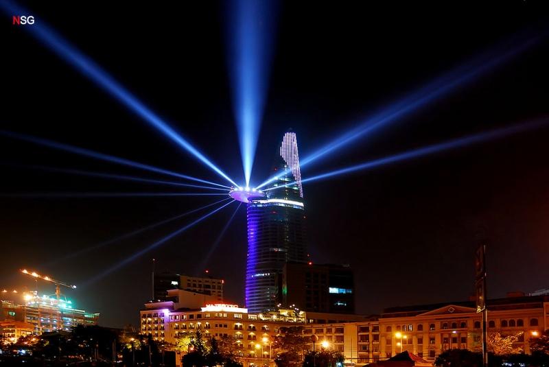 Tòa tháp Bitexco - địa điểm hẹn hò ngày Valentine lý tưởng nhất