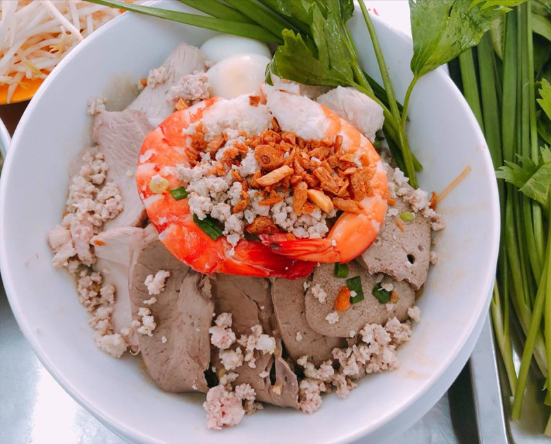 Toàn Quán - Hủ Tiếu Nam Vang