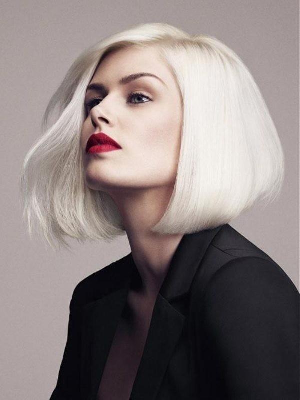 Bạn có muốn sở hữu mái tóc màu bạch kim cực chất như thế này?