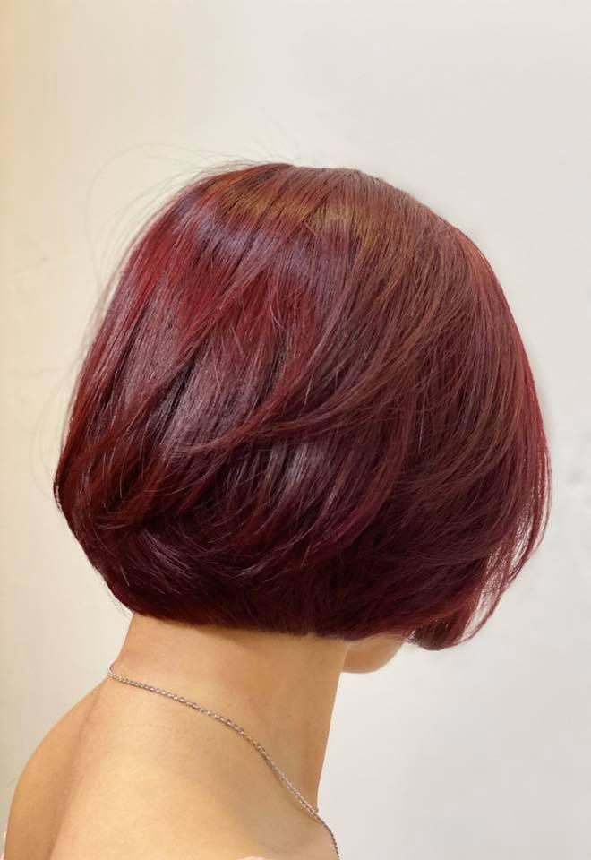 Tóc red color rượu