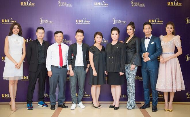 Dàn giám khảo Hoa Hậu Hoàn Vũ 2017 cùng ban tổ chức