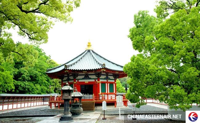 Những ngôi đền là đặc trưng nổi bật ở nơi đây.