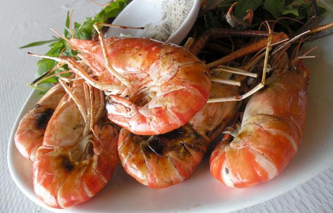 Món ăn tại Tôm Càng Xanh Quán