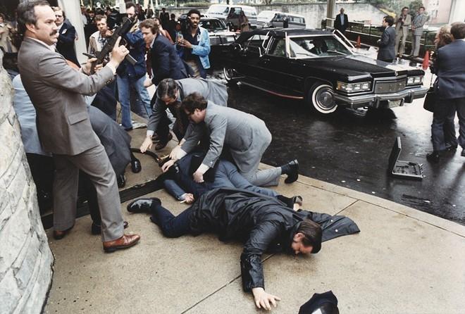 Hiện trường vụ ám sát Tổng thống Ronald Reagan