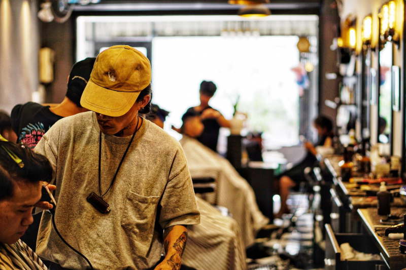 Tại Barber shop - Tony Barber House