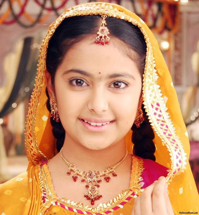 Balika Vadhu (Cô dâu 8 tuổi) - 1.927 tập