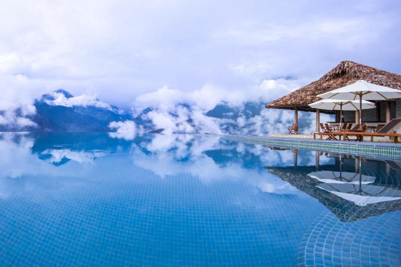 Bể bơi vô cực Topas Ecolodge Resort Sapa