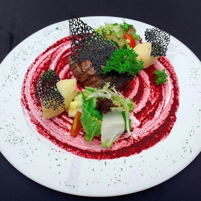 Món ăn tại quán Topping beef