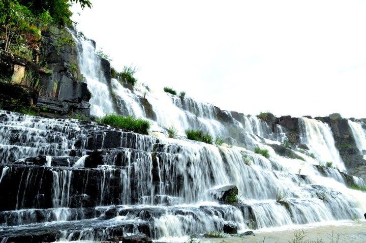 Tour nam Thiên Đệ Nhất Thác được tổ chức bởi Đà Lạt Phong Lưu Travel