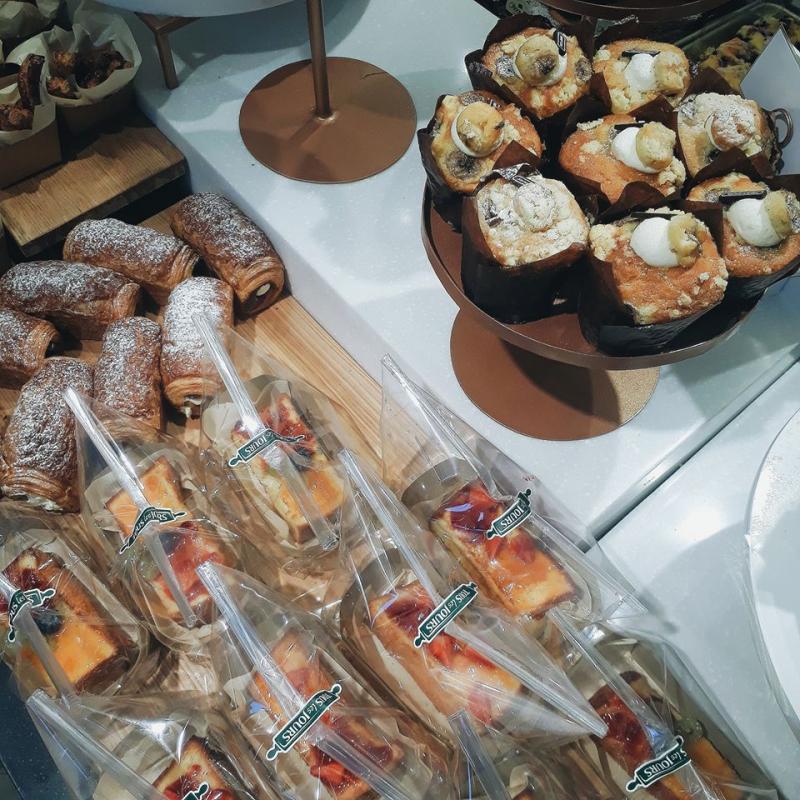 Tour les Jours là một hệ thống bánh ngọt nổi tiếng, từ lâu đã không còn xa lạ với người dân Hà Thành.
