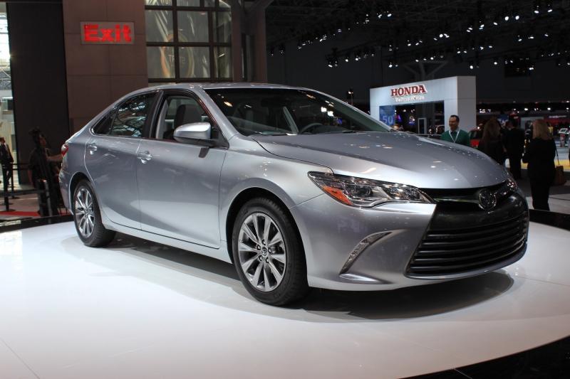 Toyota Camry - sedan hạng D