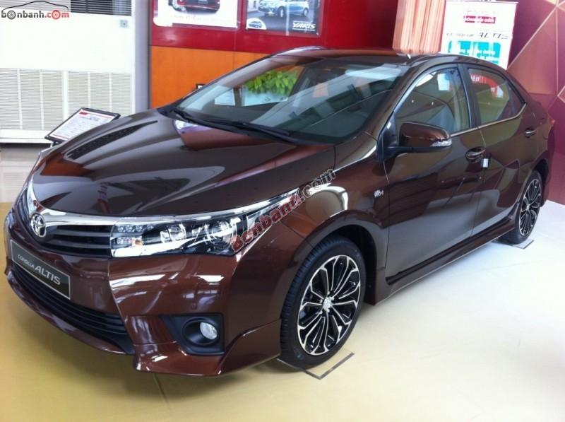 Corolla kéo lại doanh số cho Toyota