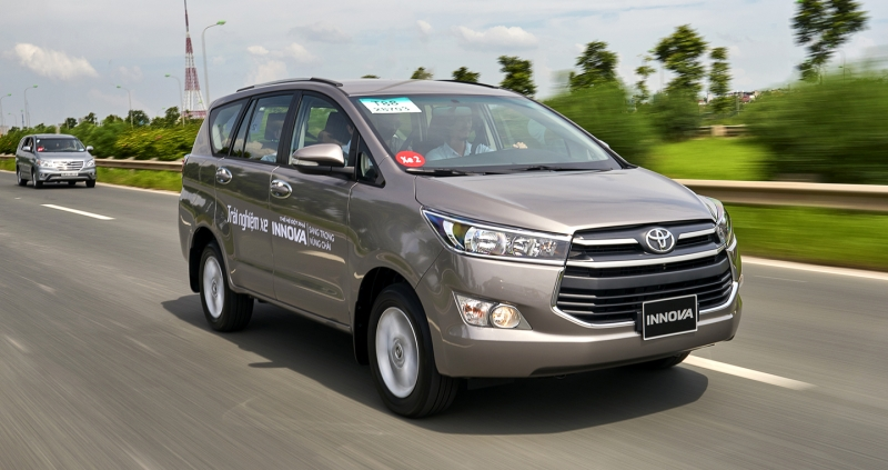 Toyota Innova: 981 xe