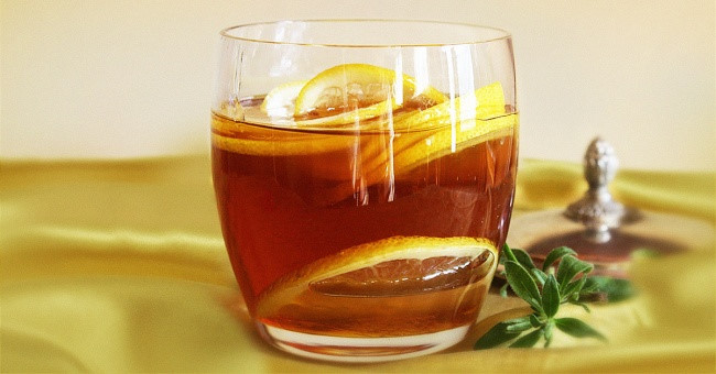 Uống trà chanh mật ong vào buổi sáng tốt cho cơ thể