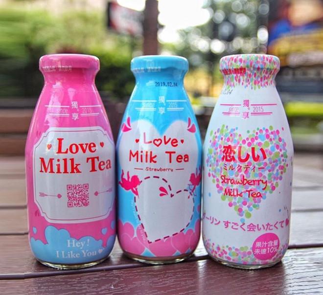 Trà sữa chai thủy tinh Love Milk Tea