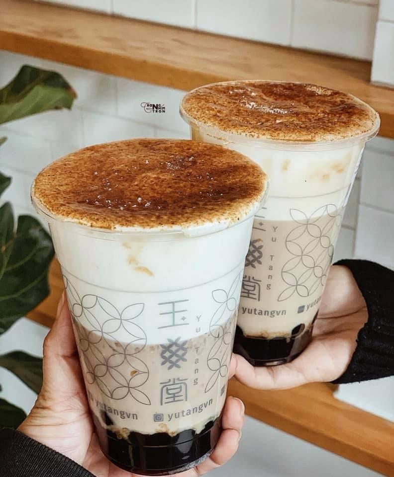 Chỉ với một cốc trà sữa, bạn sẽ thưởng thức được thật nhiều hương vị yêu thích