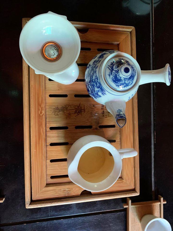 Ấm trà đơn giản mà ấn tượng tại Trà thất Kim Long