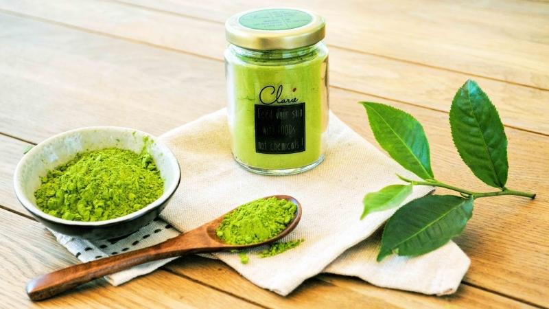 Lá trà xanh chiết xuất từ tự nhiên.