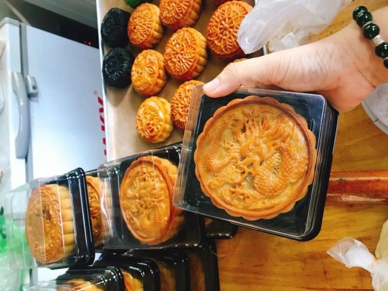 Bánh nướng tại tiệm bánh Trâm Lê