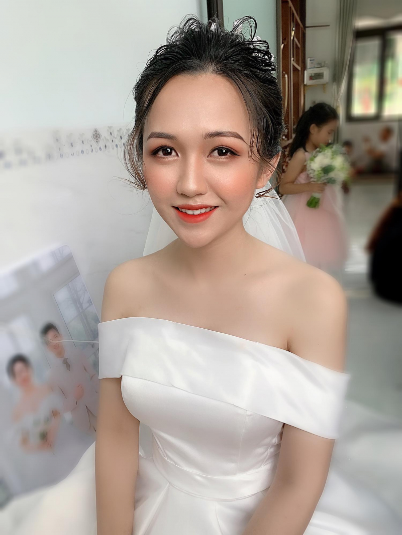 Trần Hằng Make Up